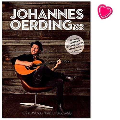 Johannes Oerding Songbook - sein erstes Songbuch mit 16 Titeln für Klavier, Gesang und Gitarre arrangiert - Notenbuch mit herzförmiger Notenklammer