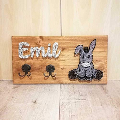 Kindergarderobe aus Holz | String Art | Fadenbild I Mit Wunschnamen personalisiert I Handgefertigt I Geburtsgeschenk oder Taufgeschenk