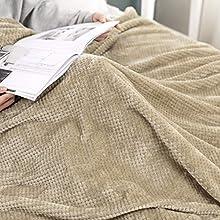 MIULEE Manta Blanket Franela para Sófas Mantas de Terciopelo Diseño Granulado para Siesta Suave Grande Cálida para Cama Felpa para Mascota Cama Habitacion Dormitorio 1 Pieza 220x240cm Caqui