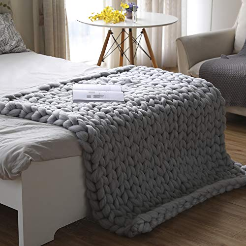 "valentinyii Chunky Knit Blanket - Soft Hand Knitted Blanket Sofa Bed Throw - Cozy Giant Yarn Chunky Blanket for Home Decor Pet Mat (Light Gray, 47""x59"")"
