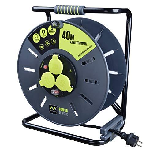 Masterplug Pro-XT Kabeltrommel Verlängerungskabel mit 3 IP44 Steckdosen, Wickelkurbel, Thermoschutz und Netzschalter, 40 Meter Gummikabel