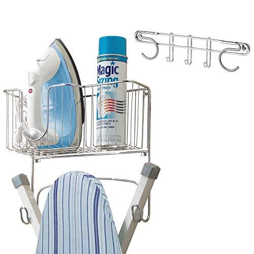 mDesign 2er-Set Bügelbrett- und Besenhalterung – Aufbewahrung für Bügelbrett, Bügeleisen, Waschmittel und Besen – Wandhalterungen mit Haken und Ablagekorb – Silber