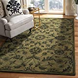 Safavieh Antiquity Collection AT824A Handmade Traditional Oriental Premium Wool Area Rug, 4' x 6', Olive / Green