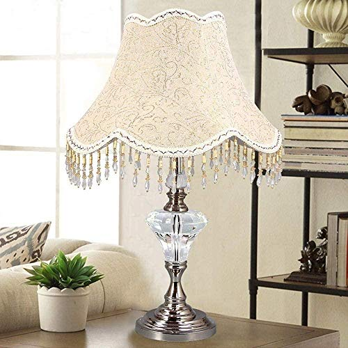 Lámpara de escritorio LED de diseño clásico y elegante europeo Pantalla de tela de algodón y cuerpo de lámpara con diseño de medio cristal para la decoración de la sala de estar del dormitorio