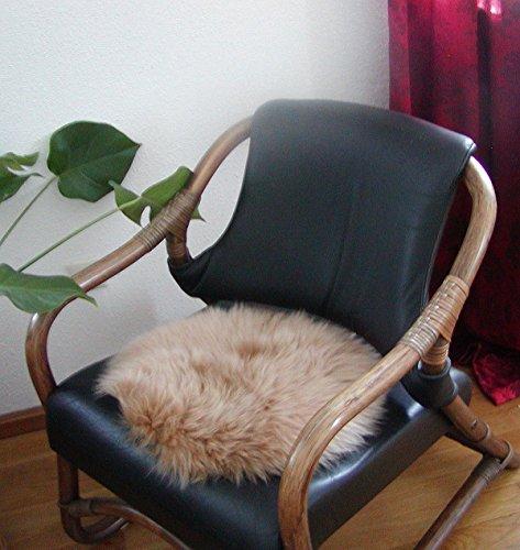 HEITMANN runde Sitzauflage aus australischen Lammfellen, Fellkissen rund Camel, Ø ca. 45 cm, waschbar, Haarlänge ca. 70 mm