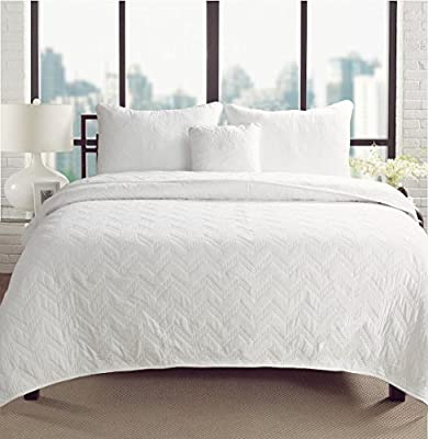 Geometric Design Comforter and Sham Multi Item Bed Set
