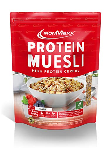 IronMaxx Protein Müsli Banane - Veganes Fitness Müsli laktosefrei und glutenfrei - Eiweiß Müsli mit Erdbeergeschmack - 1 x 2 kg