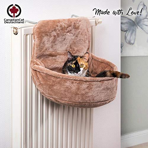CanadianCat Company ®   Kuschelsack für Heizkörper   Sand Beige   45x13x33cm   Liegemuld für Katzen   verstellbare Bügel