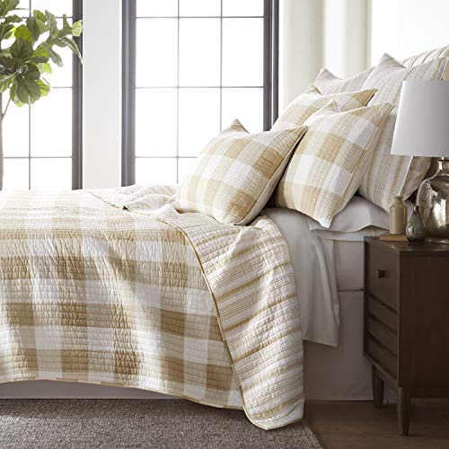 Levtex Home - Camden Quilt Set -Full/Queen Quilt + Two Standard Pillow Shams - Buffalo Check in Taupe and Cream - Quilt Size (88 x 92 in) and Pillow Sham Size (26 x 20 in) - Reversible Pattern -Cotton
