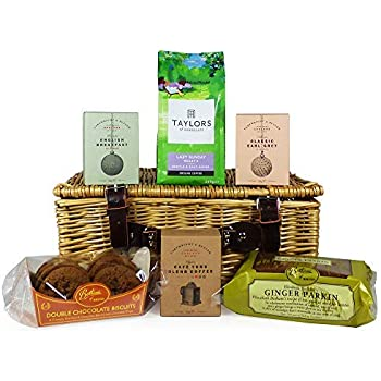 Yorkshire Food Gift Hamper In Traditional Style Wicker Basket With Tea Coffee And Cake Gift Ideas For Birthday Christmas Valentines Mothers Day Fathers Day Anniversary Business And Corporate Amazon Co Uk Grocery
