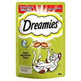 Dreamies Cat Treats, Tasty Snacks with Tempting Tuna, 8 Pouches of 60 g