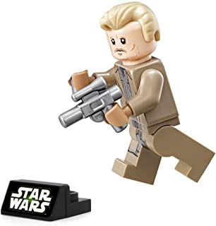 LEGO Solo: A Star Wars Story Minifigure - Tobias Beckett (with Blasters and Display Stand) 75215