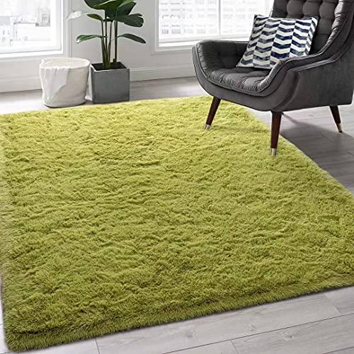 alfombra verde de la marca Little Joke