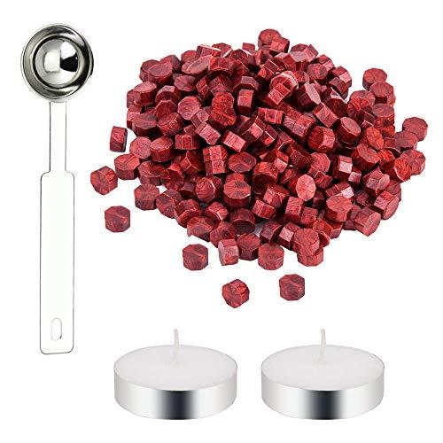 DECARETA 200 Pezzi Sigillo Perline di Cera Sealing Wax Ceralacca Rosso Kit Ceralacca con 2 Candele Bianche e 1 Cucchiaio Ottagonale Cera per Lettera Buste Timbro Cera Sigillatura (Rosso)