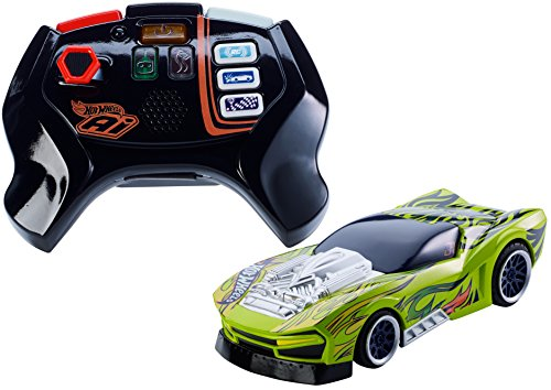 Mattel - Hot Wheels FBL87 - Smart Car Street - Coche teledirigido y Mando