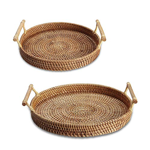 """YIWEN Rattan Basket Round Serving Tray with Handles (Set of 2) Coffee Table Tray Decorative Trays for Coffee Table Bread Fruit Vegetables, Tea, Breakfast, Food, Drink 