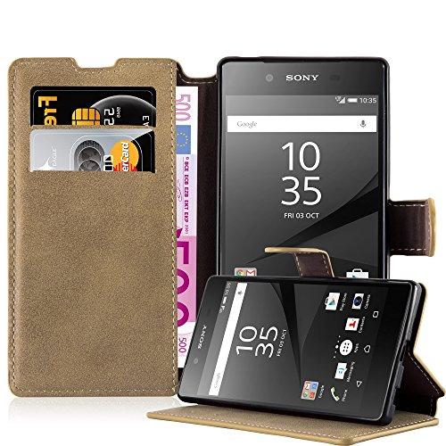 Preisvergleich Produktbild Cadorabo Hülle für Sony Xperia Z5 - Hülle in MATT Sand BRAUN Handyhülle mit Standfunktion und Kartenfach im Retro Design - Case Cover Schutzhülle Etui Tasche Book Klapp Style