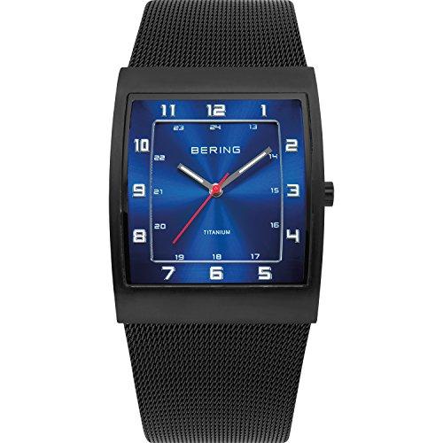 BERING Reloj Analógico Titanium Collection para Hombre de Cuarzo con Correa en Acero Inoxidable y Vidrio Mineral 11233-227