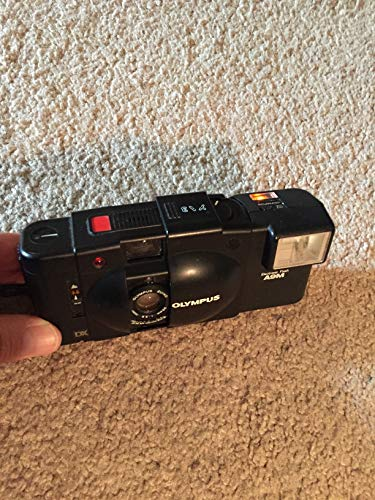 OLYMPUS XA 35MM RANGEFINDER FILM CAMERA WORKING WITH MANUAL, FLASH AND CASE