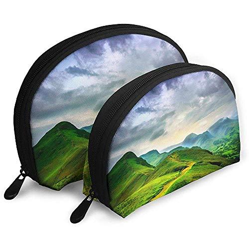 Grüne Berge dunklen Himmel tragbare Taschen Make-up Tasche Kulturbeutel, tragbare Multifunktions-Reisetaschen kleine Make-up-Clutch-Tasche mit Reißverschluss