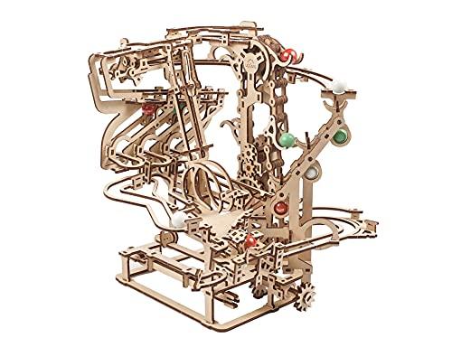 UGEARS Pista per Biglie Puzzle 3D - Set di giochi Pista Biglie per bambini puzzle in legno - Marble Run Kit Fai Da Te Modellismo da Costruire Adulti - Giocattoli di Costruzione Puzzle 3D Legno