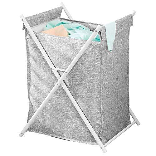 mDesign Cesta para la colada – Cubo para ropa sucia portátil con capacidad para una carga de lavadora – Organizador de baño plegable con saco de tela estructurado de metal y poliéster – gris y blanco