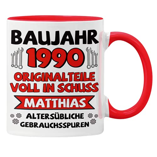 GESCHENK1 Namenstasse mit Wunschnamen & Geburtsjahr rot/ 330ml – personalisierte Kaffeetasse/ Kaffeebecher mit Namen & Baujahr - Geburtstags Tasse als Geschenkidee für Männer & Frauen