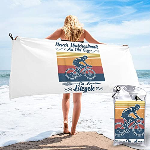 mengmeng Nunca subestimar a un viejo en una bicicleta Vintag toalla de secado rápido para deportes, gimnasio, viajes, yoga, camping, natación, súper absorbente, compacta, ligera toalla de playa