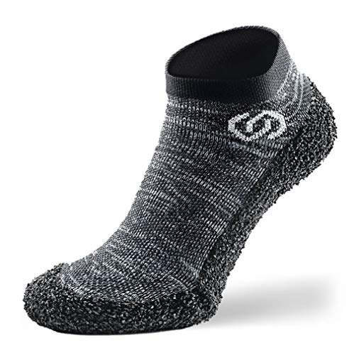 Skinners | Unisex Minimalistische Barfußschuhe für Damen & Herren | Minimalist Barefoot Socks/Shoes for Men & Women | Granite Grey (Logo weiß) XL