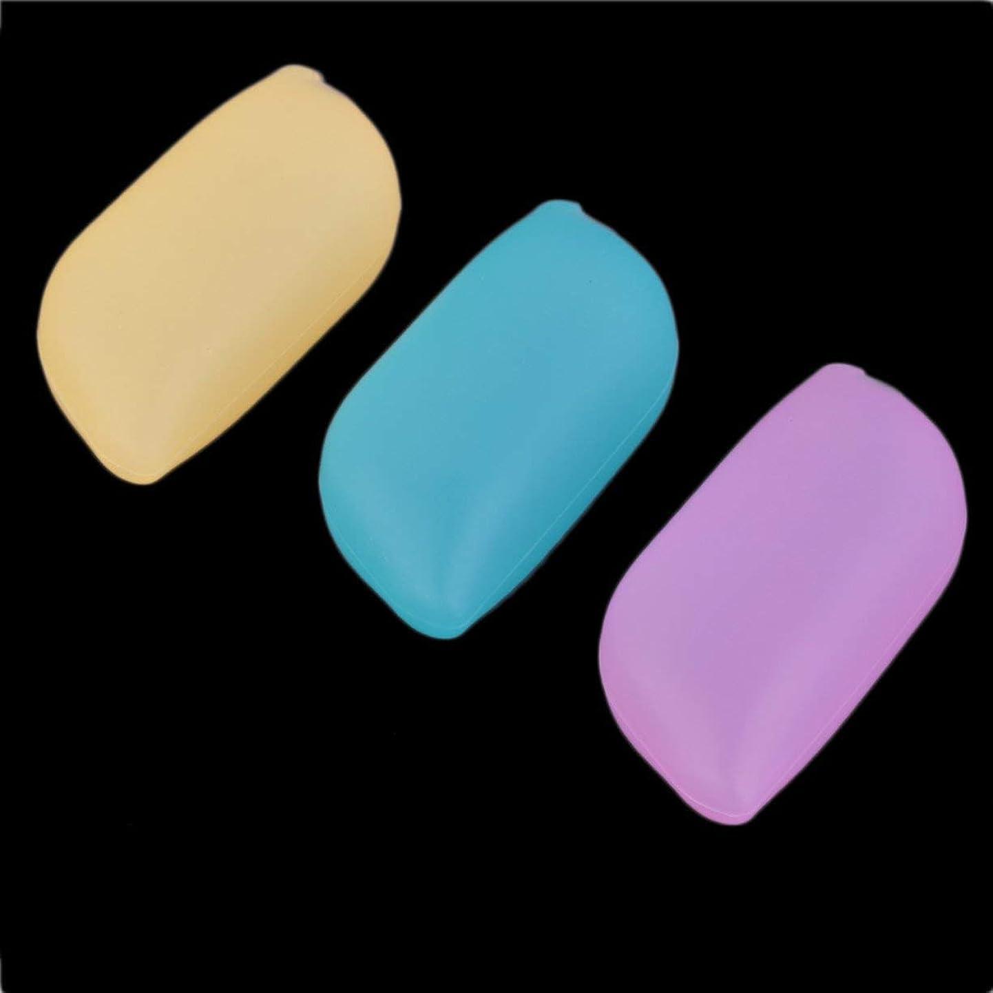 機械領収書先住民ポータブル軽量3ピースシリコンソフトトラベルキャンプ開催歯ブラシヘッドケースカバー保護キャップきれいに保つ - 多色