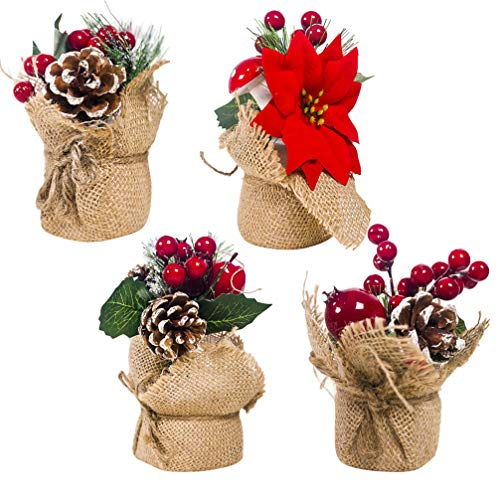 Decoris Holly Plant With Berries Plastic 1 pk