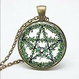 Collar con colgante de cristal de bastón verde con diseño de árbol de personalidad, joyería de pentagrama