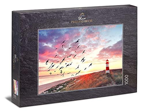 Ulmer Puzzleschmiede - Puzzle 'Il desiderio del Mare del Nord' - Bella immagine del paesaggio dell'isola di Sylt con il faro sulla spiaggia al sole della sera