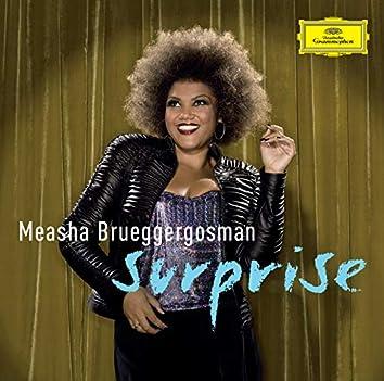Surprise - Cabaret songs by Bolcom, Satie & Schoenberg