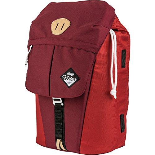 """Nitro Cypress sportiver Daypack Rucksack für Uni & Freizeit, Streetpack mit gepolstertem 15"""" Wide Laptopfach & Seesacktunnelverschluss, Überschlagdeckel, Chili, 28 L"""