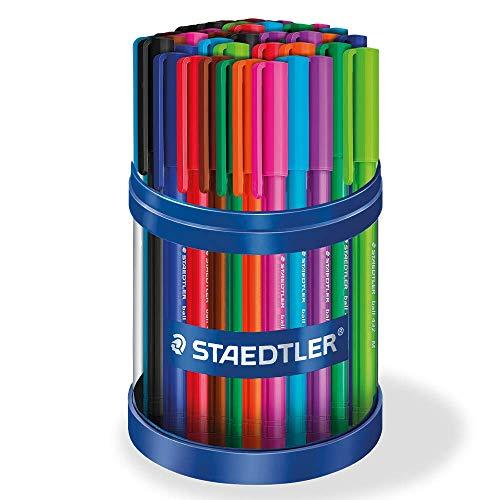 Staedtler 43235MKP50 stick Kugelschreiber Linienbreite M, 0.45 mm, Schaft in Schreibfarbe, 50 Stück in Köcherpackung, mehrfarbig, 43235MKP50ST