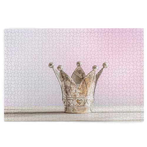 Rompecabezas de 1000 Piezas,Rompecabezas de imágenes,Corona Real sobre Mesa De Madera Rosa,Juguetes Puzzle for Adultos niños...
