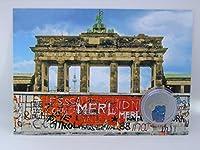 ドイツ、ベルリン・ウォルラン・ブランデンブルク門と壁の小さな本物のピースのポストカード。