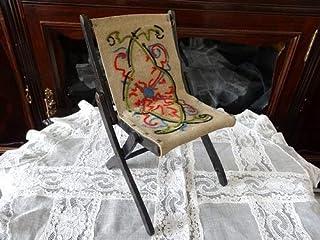 Grace アンティーク フランス 20世紀初頭 ドール用の刺繍の 折り畳み椅子チェア と 持ち手付き紙箱ボックスのセット 送340
