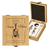 MURRANO Kit accessori da vino - Set Cavatappi da Vino Degustazione Perfetta Personalizzato - Scatola in legno di bambù + 4 pezzi di Accessori Vino - idee regalo per anniversario - Il vino