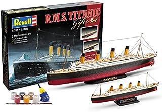 Revell 05727 R.M.S Titanic Plastic Model Kit Gift Set