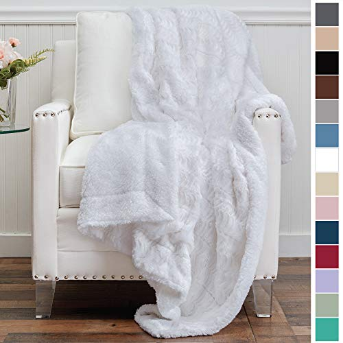 The Connecticut Home Company Luxury Faux Fur with Sherpa Reversible Kids Throw Blanket, Super Soft, Large Wrinkle Resistant Blankets, Warm Hypoallergenic Washable Couch or Bed Throws, 65x50, White