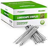 Amagabeli 6 Inch Garden Stakes Galvanized Landscape Staples 11 Gauge 500 Pack Heavy Duty Sod Pins Fence Stakes for Anchoring Weed Barrier Fabric Ground Cover Landscaping Tubing Garden Staples