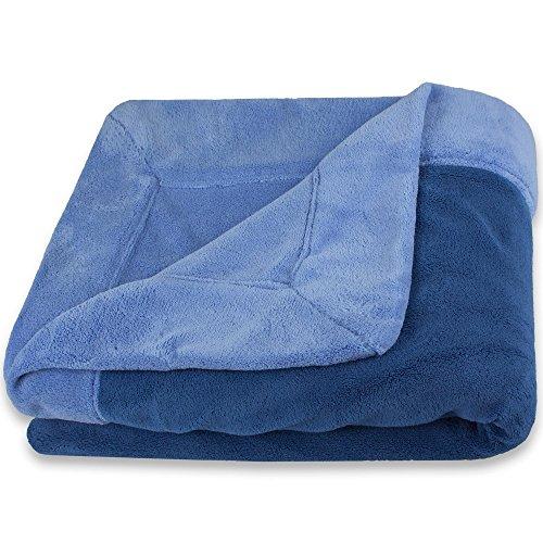CelinaTex Toronto Kuscheldecke XXL 220 x 240 cm blau & dunkel blau Mikrofaser Wohndecke Fleece Tagesdecke