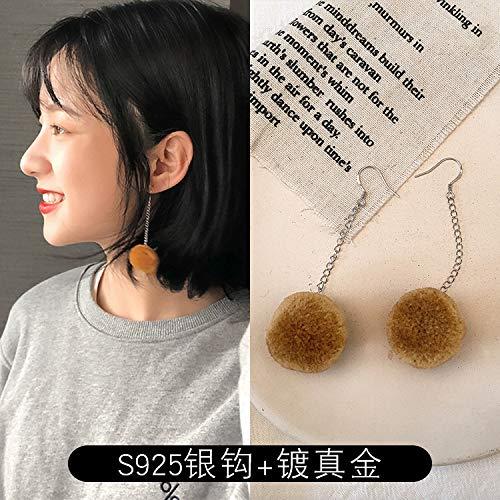 Chwewxi Herbst und Winter Lange Plüschkugel Ohrringe koreanischen Temperament kurzen Absatz für Winter Ohrringe Ohrringe weiblich, Lange Haarfarbe Farbe Kaffee (Gold plattiert + Silber Haken)