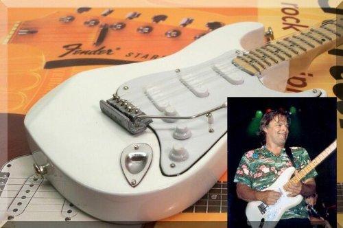 David Gilmour miniatura Mini guitarra rosa Floyd Fender Stratocaster