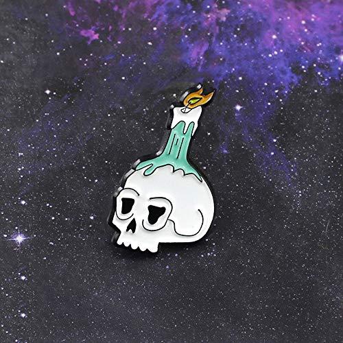 QISKAII Cartoon Skelett Kerze Brosche Schädel Tod brennende Kerze Flamme Emaille Pin Denim Mantel Gothic Abzeichen Freunde Persönlichkeit Schmuck