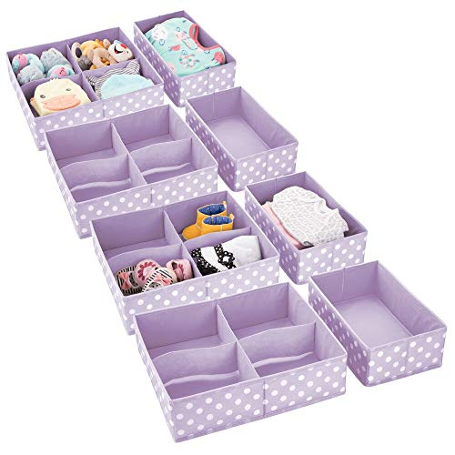 mDesign 8er-Set Aufbewahrungsbox fürs Kinderzimmer – Kinderzimmer Aufbewahrungsbox in 2 Größen für Babykleidung – Kinderschrank Organizer aus atmungsaktiver Kunstfaser – lila/weiß gepunktet