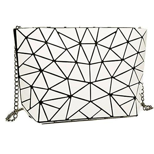 AiSi Damen Lackleder Handtasche/Abendtasche/Clutch/Damenhandtasche/Schultertasche/Umhängetaschen/Henkeltasche/Ledertasche mit Zusatzkette Reißverschluss Geometrie Motiv (Weiß)