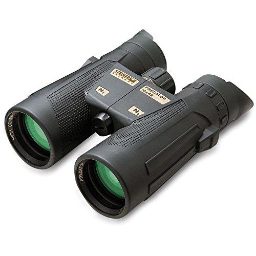 Steiner 10x42 Predator Binoculars with Steiner Gear Bundle